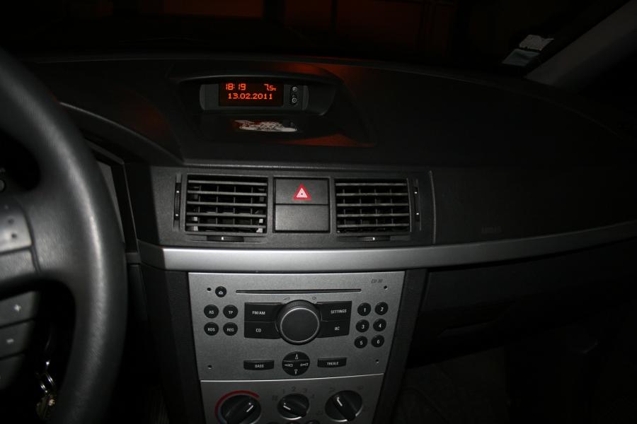 mon autoradio ne fonctionne pas equipement et confort auto evasion forum auto. Black Bedroom Furniture Sets. Home Design Ideas